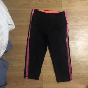 ONLY WORN ONCE runners crop pants